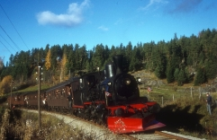 No.252 hauling a Norwegian Railway Association special on the Kronderen line in 1970. (Norsk Jernbanemuseum)