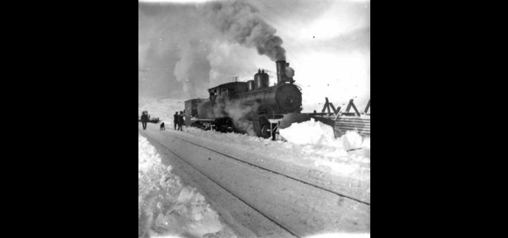 Type 21 working as a snowplough locomotive. (Norsk Jernbanemuseum)