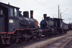 Class 21c No.371 and 21b No.315 awaiting scrapping at Lillestrom station in 1965. (Norsk Jernbanemuseum)