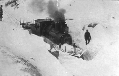 Type 21 No.175 working as a snowplough locomotive. (Norsk Jernbanemuseum)