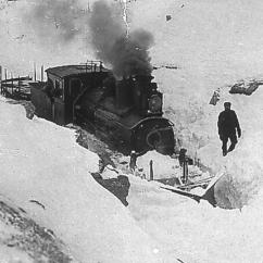 Type 21 No.175 working as a snowplough locomotive. (Norsk Jernbanemuseum)